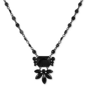 GUESS Black-Tone Jet Stone Statement Black necklac